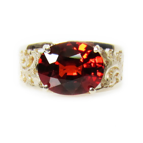 Garnet Baroque Gold Ring (side)