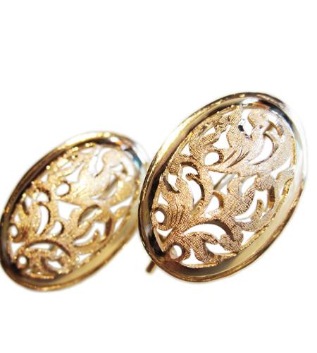 Baroque Design Oval Earrings