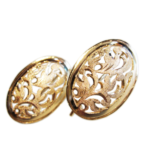 Baroque Design Oval Earrings